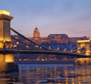 Christmas-Cruise-in-Budapest-at-Winter-on-River-Danube